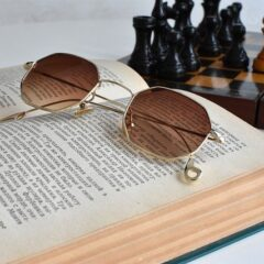 Book Sunglasses Chess  - Irenna86 / Pixabay