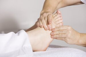 Physiotherapy Foot Massage Massage  - andreas160578 / Pixabay